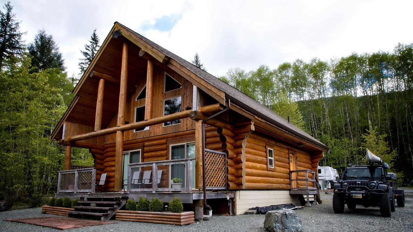 Beaver Lake has cabins! Vancouver Island -Camping 2017